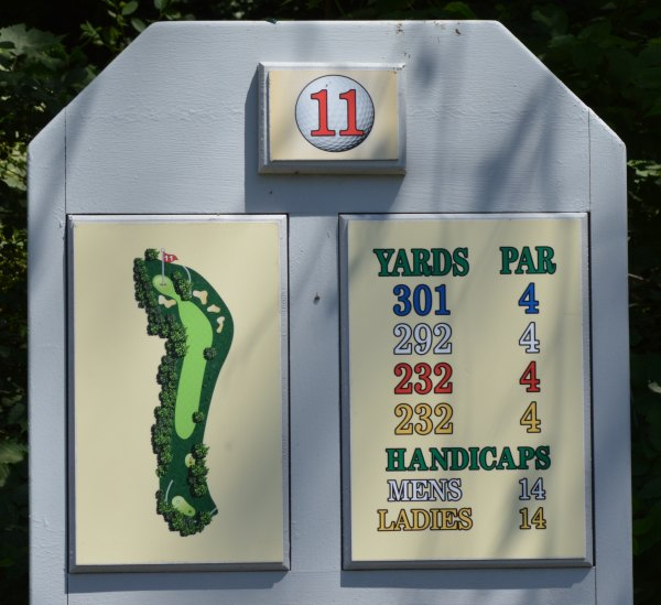 Forest Hills Golf - Hole 11 Information